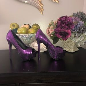 Metallic purple open toe platform heels size 8